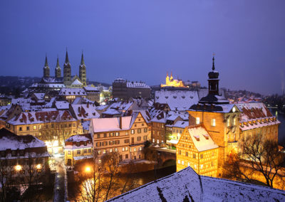 Blick über Bamberg im Winter vom Geyerswörth-Turm
